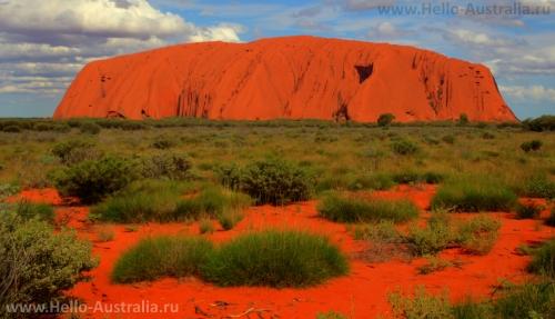 Улуру - Красная скала, одна из визитных карточек австралии